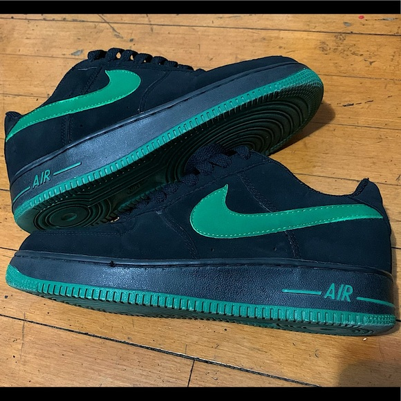 Air Force 1's Low Black & Green Suede Women Size 8